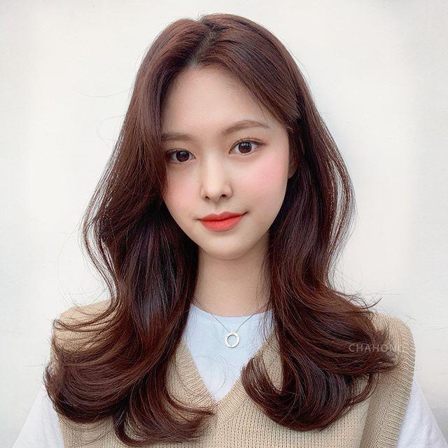 """韓国女子っぽくなりたいならこれ!レイヤーカット×簡単にできる""""ヘアアレンジ""""で一気に韓国美女に♡"""